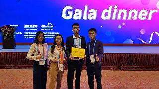 鹏通荣获2017年度全球十佳顶级物流企业奖