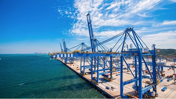 青岛外贸进出口前11个月同比增5.3%